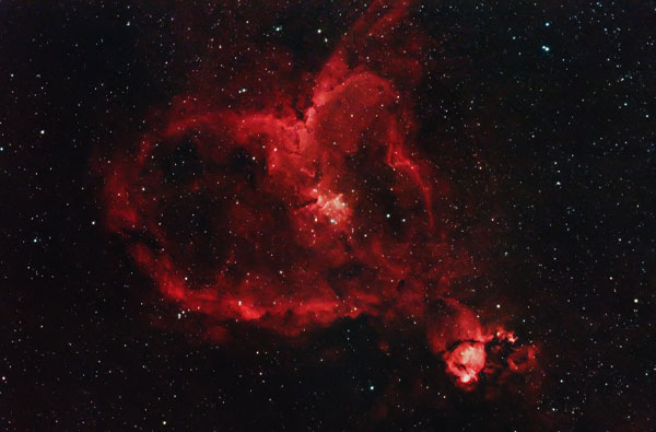 The Heart Nebula with a DSLR camera
