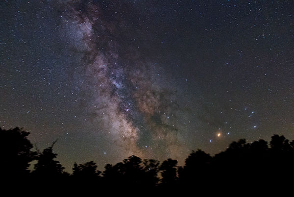 DSLR Photography Tips: Shooting the Milky Way on a Tripod