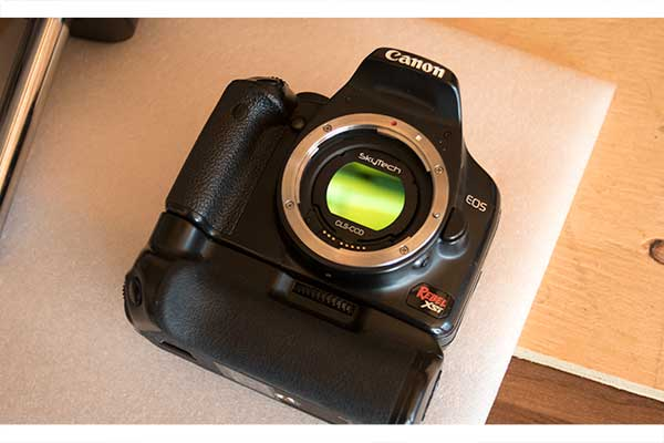 Canon Rebel Xsi/450D DSLR camera