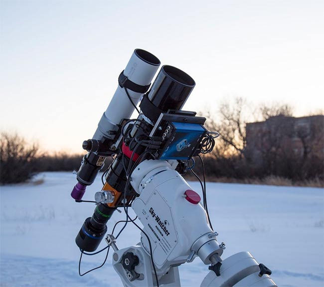 Sky-watcher EQ6 telescope mount