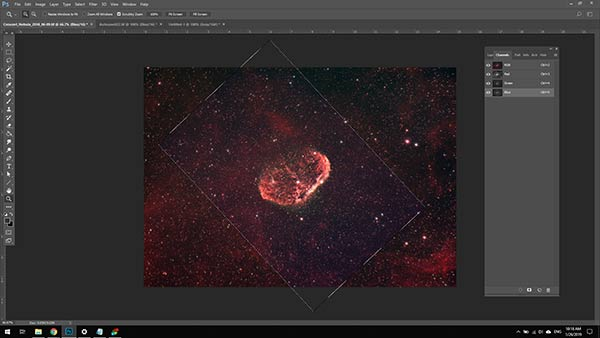 aligning color channels in Photoshop