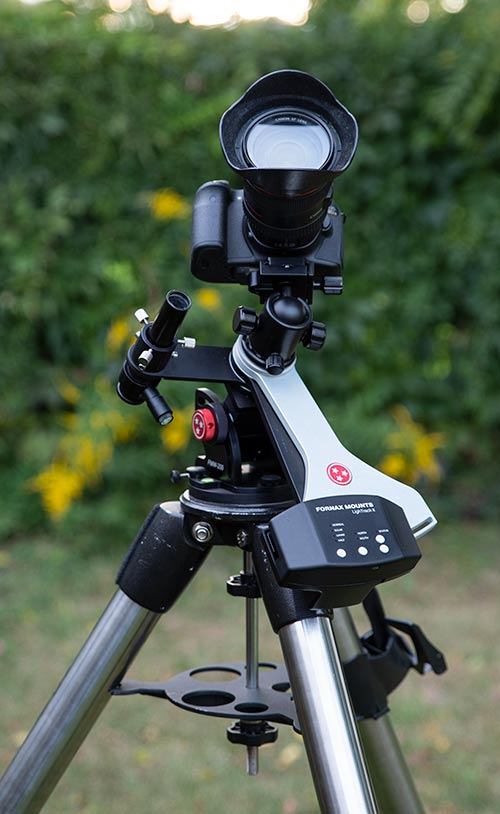 tracking camera mount